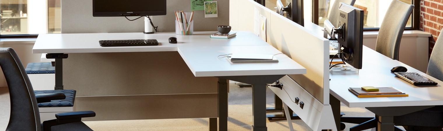 Fitout corner desk