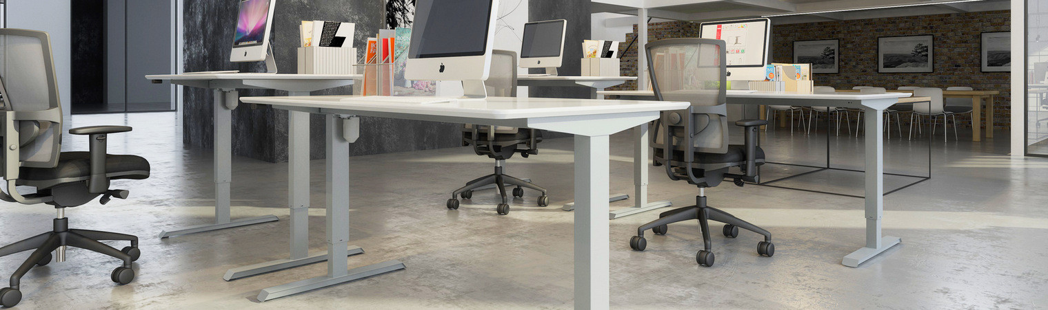 Height adjustable workstation